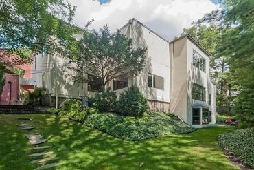 Photo of 23 Leicester Street Brookline, MA 02445