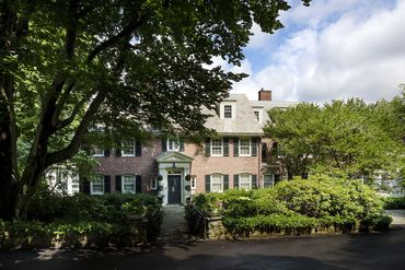 Massachusetts Featured Home For Sale 4